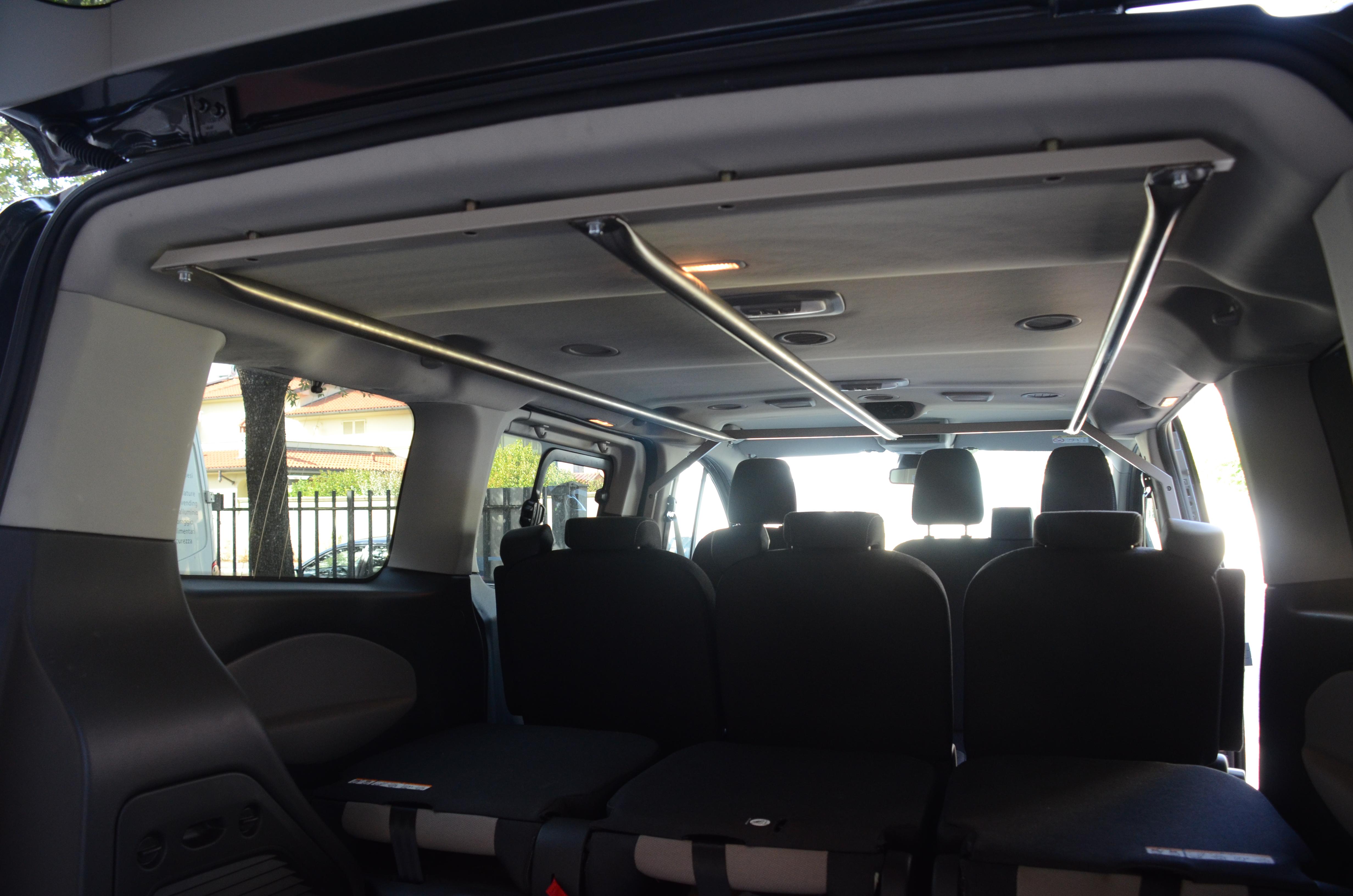 Ford Transit Tourneo capi appesi2